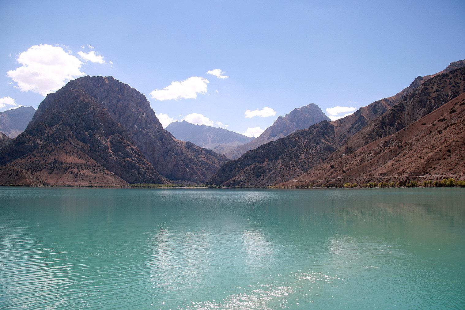 Jazero Iskanderkul, Fann mountains