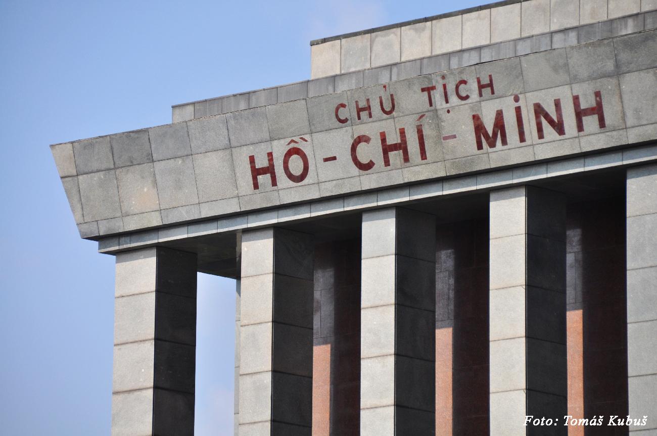 Hanoj - miesto kde odpočíva strýko Ho