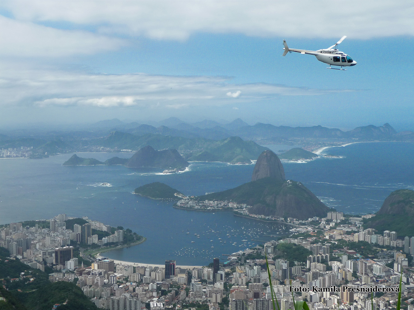 Mesto bohov z vrtuľníka