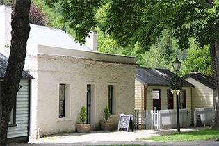 arrowtown cropped1