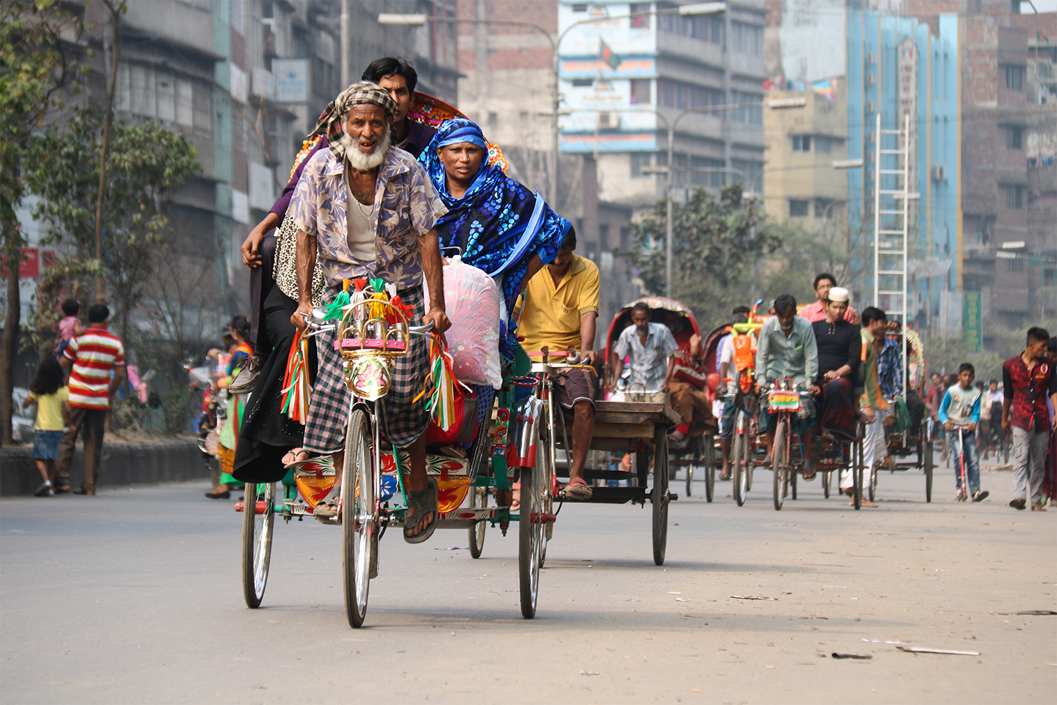 Každodenná doprava v Dháke