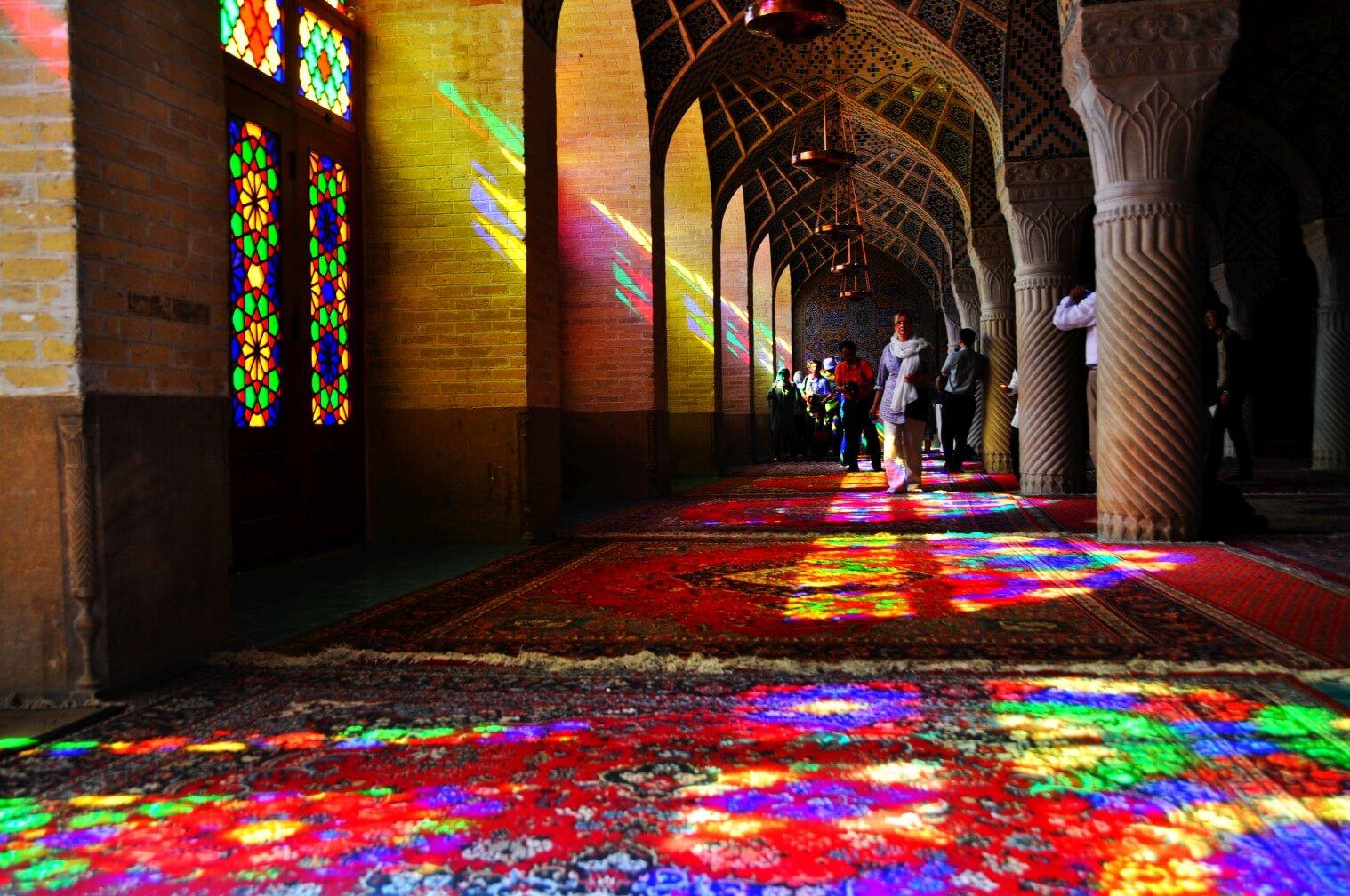 Shiraz - shirazske mešity pripomínajú rozprávku