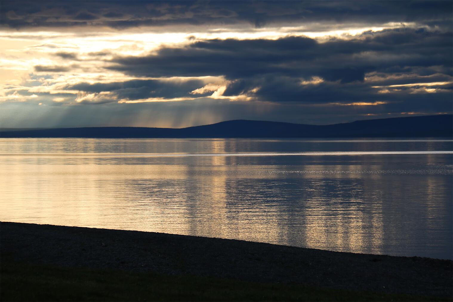 Jazero Khövsgöl Nuur