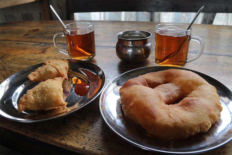 Kým vy ste si doma určite pochutnávali na šunke a koláčkoch, naše veľkonočné menu počas treku okolo Annapurny vyzeralo takto