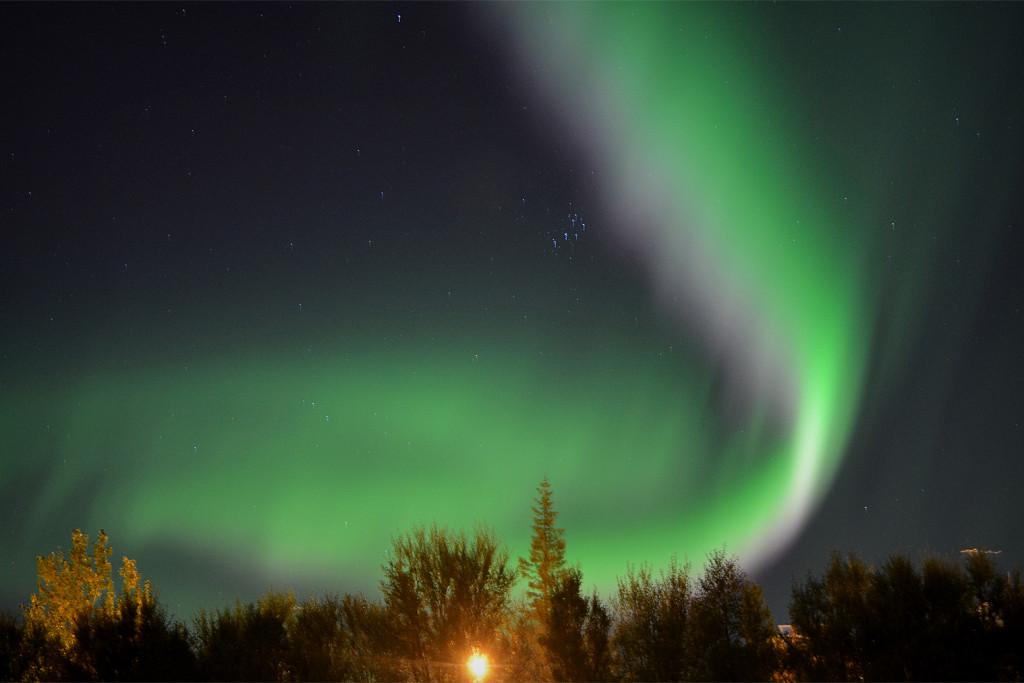 Polárna žiara na Islande