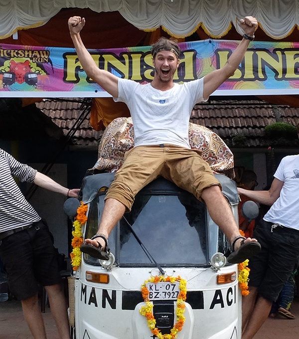Manťáci.cz: Jedna rikša, traja kamaráti a tisíce kilometrov naprieč Indiou