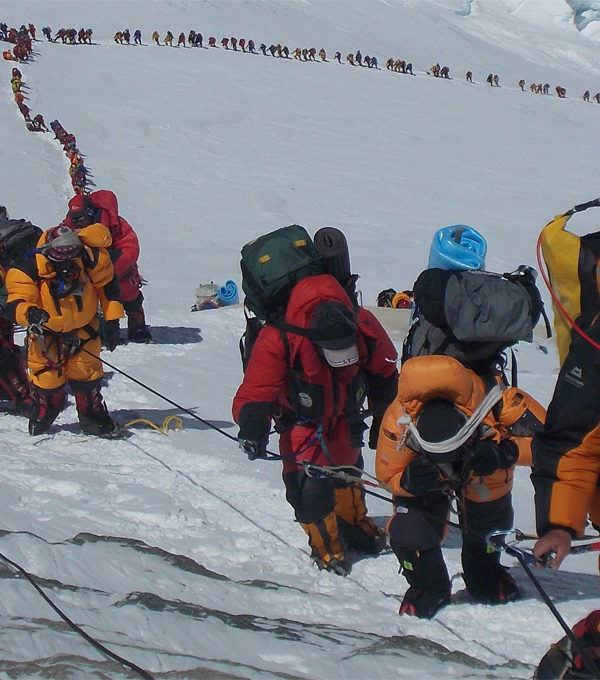 Rozhovor: Komerčný výstup na Mount Everest nie je pre každého