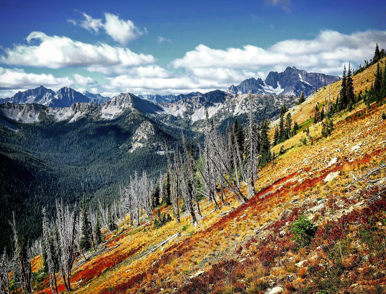 Prvý Slovák, ktorý prešiel peši 4200 km dlhú Pacifickú hrebeňovku z Mexika do Kanady.